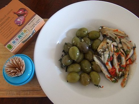 olives-and-fishies