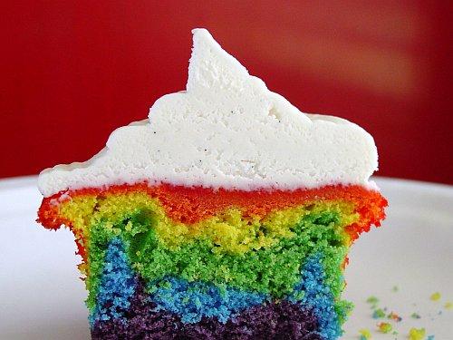rainbow-cupcake